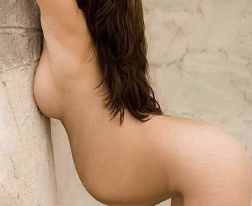 naked-pregnant-woman