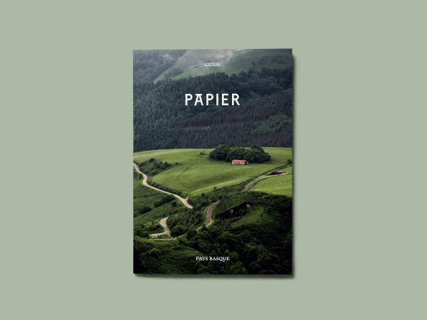 papier-front-cover